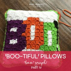 Craft the perfect spooky accent for your Halloween decor with my Boo-tiful Crochet Halloween Pillow Series with free graph, and instructions! Pixel Crochet, C2c Crochet, Crochet Pillow, Free Crochet, Chrochet, Halloween Crochet Patterns, Halloween Pillows, Crafts To Do, Crochet Projects
