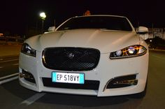 Un frontale che non lascia dubbi: Jaguar XF Sportbrake! #Jaguar100Around