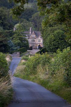 Photographic Print: Upper Slaughter Manor House, Cotswolds, Gloucestershire, England by Brian Jannsen : Casa Hotel, English Country Manor, British Countryside, England And Scotland, British Isles, Belle Photo, Provence, Town And Country, Country Living