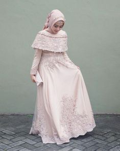 Incoming Style with the Hijab Dress Here Ready to Make You Look Elegant and Kebaya Muslim, Muslim Gown, Kebaya Hijab, Kebaya Dress, Dress Pesta, Hijab Gown, Hijab Dress Party, Party Dress Outfits, Muslimah Wedding Dress