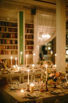 table decor – http://bespokeonly.com/portfolio/urban-victorian-glamour/