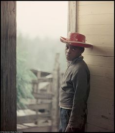 The photos had been forgotten until The Gordon Parks Foundation discovered 70color transparencies six years after his death in 2012