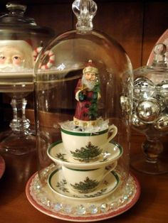 STARSHINE CHIC decorating on a dime or even less: Cloche Party-Christmas