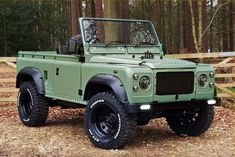 1993 Land Rover Defender 90 Pickup Dr Wong Emporium of Tings Net Journal Landrover Defender, Defender 90, Land Rover Defender Pickup, Land Rover Pick Up, Land Rovers, Lifted Ford Trucks, Pickup Trucks, James Bond, Toyota Hilux