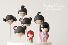 Inspiration for felt versions Japanese Birthday, Japanese Party, Japanese Doll, Cake Pops, Doll Style, Asian Party, Doll Party, Festa Party, Biscuit