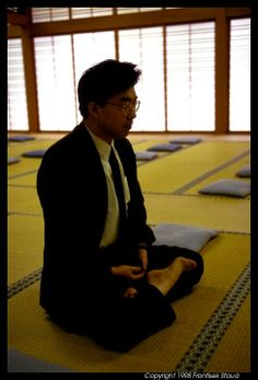 Zazen meditation of a Japanese salary man, Nanzen-ji, Kyoto