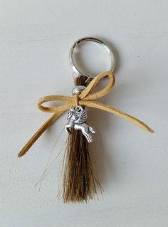 http://www.yomesieraden.nl/sieraden-van-paardenhaar/armbanden.html