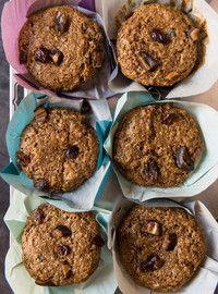 Muffins au son et aux dattes - Essayer avec babeurre au lieu du lait + vinaigre, mettre sirop d'érable au lieu du sucre, faits avec son de blé au lieu des All bran