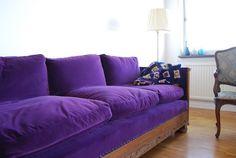 Slumber Designs: Tuesday Crushes - I do love me a purple sofa!