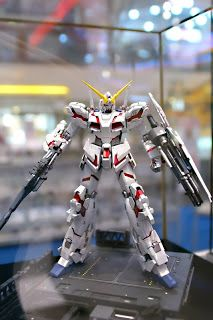 Becky Customizer: Malaysia Gundam Model Kits Challenge 2010 winning kits.