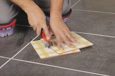 Ten bric, una herramienta manual para cortar cerámica en nuestro bricolaje de manera muy sencilla.http://www.materialespujante.com/es/522-cortadores-manuales-ten-bric