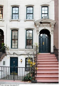 Breakfast at Tiffany's townhouse on the upper east side! Yes, please.