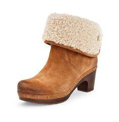 Black Friday 2013 UGG Australia Women's Lynnea Boots, Color: Chestnut, Size: 10 Deals & Special Price