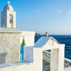 📍island of Tinos (Τήνος) Pure White and Blue of Greece