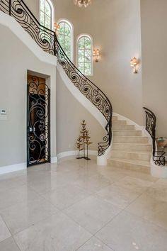 Bella Vita Custom Homes - Luxe Interiors + Design Home Stairs Design, Home Interior Design, House Design, Iron Stair Railing, Wrought Iron Stairs, House Stairs, Facade House, Casa Top, Luxury Staircase