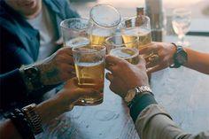 Beer with mi muchachos/muchachas. Si, por favor. Mas Cerveza. //\\