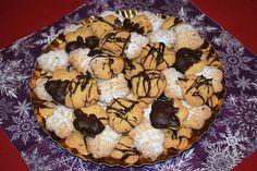 Cristina's world: Fursecuri fragede cu untura Sweets, Cookies, Desserts, Food, Dessert Food, Crack Crackers, Tailgate Desserts, Deserts, Gummi Candy