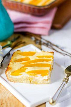 Aurinkoinen kakku pääsiäiseen! Tarun rahkapiirakka hurmaa taatusti - Ajankohtaista - Ilta-Sanomat Cheesecake, Pudding, Baking, Desserts, Food, Tailgate Desserts, Deserts, Cheese Pies, Puddings