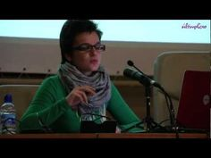 """La crisis según la economía feminista - últimoCero  (La economista Astrid Agenjo Calderón habla sobre """"La dimensión de género: el impacto de la crisis"""" en las jornadas de economía """"Hay alternativas"""" organizadas por la Universidad de Valladolid y el Ateneo Republicano.)"""