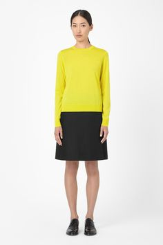 Round-neck wool jumper, yellow - S