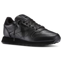 Never go out of style. Soft garment leather upper gives you superior comfort. Die-cut EVA midsole provides lightweight cushioning. Molded PU sockliner adds comfort and durability.