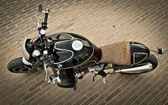 RocketGarage Cafe Racer: BMW r1150 by Garagefd