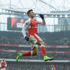 Alexis Sanchez ❤ #AFCvHCFC  #ARSENAL #COYG