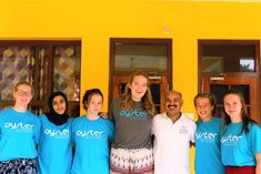 Interns with the volunteer coordinator in Palampur Gap Year, Oysters, Medical, India, Medical Doctor, Delhi India, Time Out, Medicine, Med School