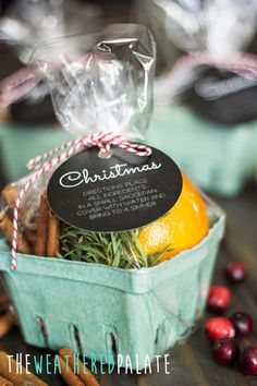 Stovetop Scents Get creative with these easy ideas homemade Christmas gifts that anyone would love. Choose from gifts to pull together in a basket or whip up yourself. Christmas Scents, Homemade Christmas Gifts, Xmas Gifts, Homemade Gifts, Craft Gifts, Holiday Fun, Diy Gifts, Christmas Holidays, Christmas Crafts