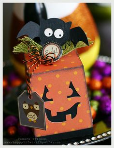 This makes me smile, Tamara!  What a fun Halloween Treat Box from GIMME CANDY BOXES SVG KIT decorated with a sweet bat from SPOOKY CUTIES SVG COLLECTION!