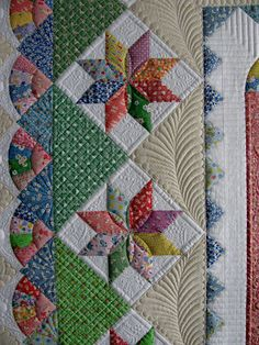 The Secret Life of Mrs. Meatloaf--longarm quilter...I really love thos pattern and color..quilting just beautiful.