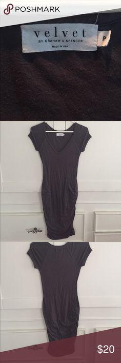 Velvet brand t shirt knee length dress Super comfy, gathered for flattery, gray Velvet Tshirt dress. Knee length. Velvet by Graham & Spencer Dresses Midi