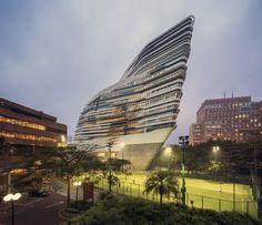 Galeria - Torre Jockey Club Innovation / Zaha Hadid Architects - 20