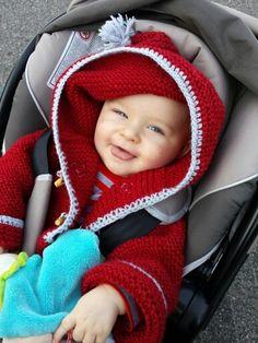 Il est beau Noah avec mon petit manteau, fini les otites!