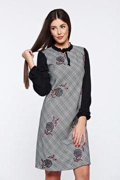Rochie LaDonna neagra office cu imprimeu grafic maneci largi Cold Shoulder Dress, Dresses, Fashion, Vestidos, Moda, Fashion Styles, Dress, Fashion Illustrations, Gown