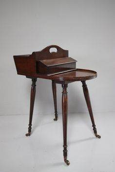Antique sewing table from DC member Miles Griffiths Vintage Sewing Notions, Vintage Sewing Machines, Sewing Machine Tables, Sewing Tables, Sewing Machine Accessories, Sewing Cabinet, Cabinet Boxes, Sewing Room Organization, Craft Accessories