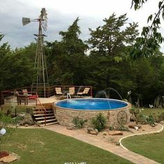 Swimming Pool Ideas & Tips Above ground pool ideas, above ground swimming pool with deck, above grou Above Ground Pool Landscaping, Backyard Pool Landscaping, Above Ground Swimming Pools, In Ground Pools, Oberirdische Pools, Tank Pools, Country Pool, Country Style, Galvanized Stock Tank