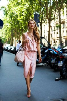 Stunning! I want that dress, asap.  Photo by The Sartorialist