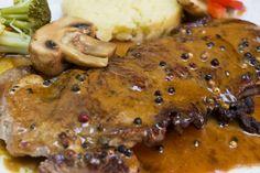 Comment réussir sa sauce au poivre maison - Recettes - Recettes simples et géniales! - Ma Fourchette - Délicieuses recettes de cuisine, astuces culinaires et plus encore!