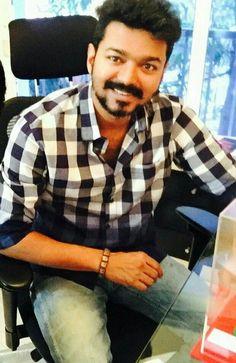 Mersal Vijay, Vijay Actor, Casual Work Attire, Actors Images, Actor Photo, Cute Actors, Indian Celebrities, Best Actor, I Movie