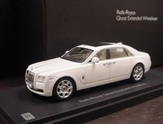 "The Kyosho 1/43 Rolls Royce Ghost Extended Wheelbase Diamond Black With Silver Bonnet, is a diecast model car from this superb diecast model manufacturer, in 1/43 scale.    Kyosho pride themselves on making quality, highly detailed die cast collectibles of the world's most sought after automobiles.    From a classic Mini to a sleek Audi, every model has the same amount of ""behind the scenes"" work done to ensure everything is correct, compared against the original."