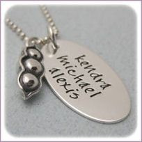 Pea Pod Mommy Necklace