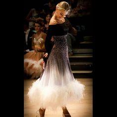 Бальных танцев платье для бальных танцев конкуренции платья серый градиент современный Вальс Танго платье для танцев страусиное перо платье купить на AliExpress