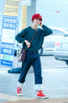 Fashion Idol, Fashion Looks, Kpop Fashion, Korean Fashion, Fall Fashion, Style Fashion, Blackpink Airport Fashion, Airport Style, Kpop Outfits