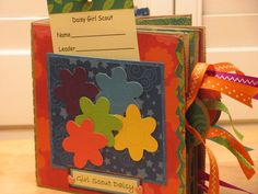 Daisy Girl Scout Keepsake Memory Book - something to start early and work on little by little throughout the year? @Kristie Chatters