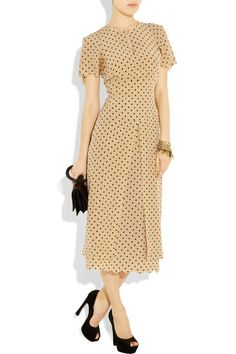Giulietta Polka-dot silk-crepe dress Nod to the brand's ladylike aesthetic and wear this expertly tailored Giulietta dress with classic black pumps, addi Crepe Dress, Silk Crepe, Silk Chiffon, Chiffon Dress, Pretty Dresses, Beautiful Dresses, Dot Dress, Dress Up, Retro Fashion