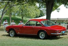 The 330 was a replacement for the 275. The GTC (Gran Turismo Coupe) Pininfarina designed vehicle was debuted in 1966 at the Geneva Auto Show