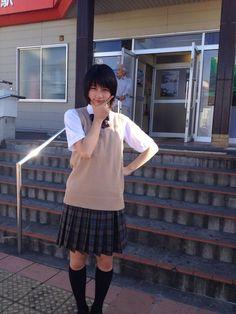 Don't you think that Rena Nounen looks like a boy? Japanese School Uniform, School Uniform Girls, Asian Cute, Cute Asian Girls, Rena Nounen, Kids Uniforms, Japanese Film, Japanese Drama, Japanese Artists