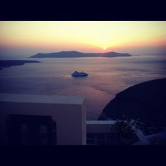 Santorini Greece #sunset #notenoughview
