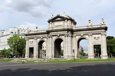 Puerta de Alcalá #madrid #espanja #spain